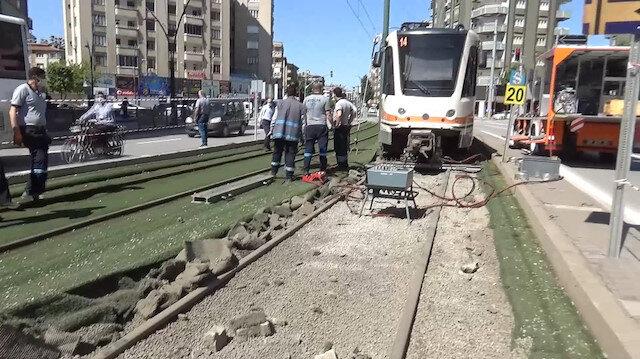 Gaziantep'te tramvay raydan çıktı: Olay yerinden ilk görüntüler