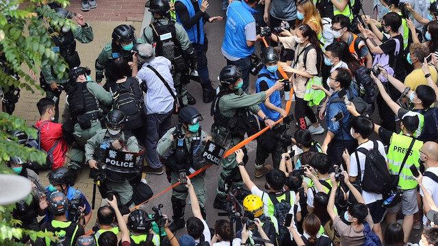 Hong Kong'da protestolar yeniden alevlendi