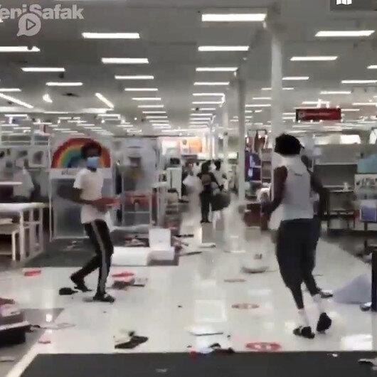 ABDde marketler yağmalanmaya başladı