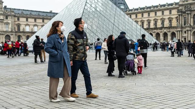 Fransa'da koronavirüs tedbirlerinin gevşetilmesinde ikinci aşama başladı