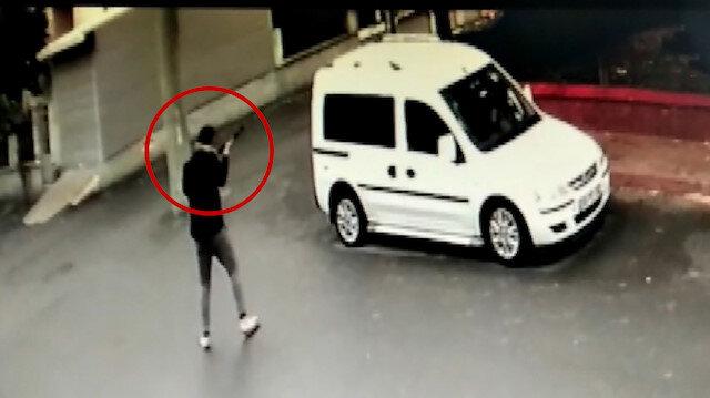 Çorlu'da 1 kişinin yaralandığı silahlı saldırı güvenlik kamerasında
