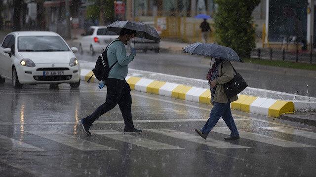 Meteorolojiden Afyonkarahisar, Uşak ve Denizli için yağış uyarısı: 3 gün boyunca etkili olacak