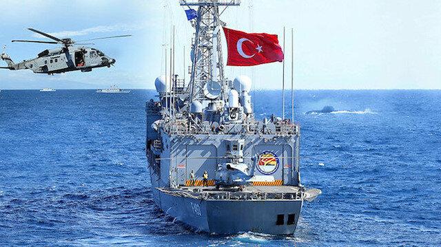 Yunan'a son mesaj! Mavi vatanda 'Ne Mutlu Türküm Diyene'