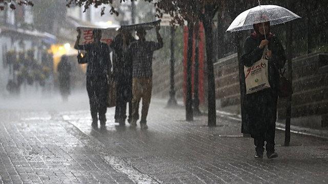 Meteoroloji'den İstanbul'da sağanak uyarısı