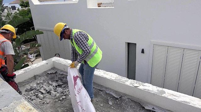 Yılmaz Özdil'in villasındaki kaçak eklentilerin yıkımı devam ediyor