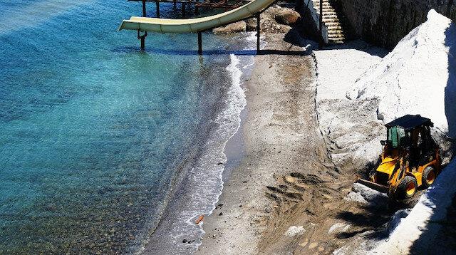 Bodrum sahillerinde büyük skandal: Kumsalı mermer tozuyla Maldivler'e çevirmeye çalıştılar