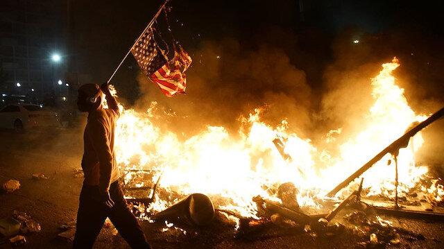 Protestolarda son durum ne? George Floyd'un ölümü sonrası Amerika öfkeli