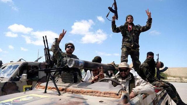 Libya ordusu Hafter milislerinin işgalindeki Trablus Havaalanı'nda kontrolü sağladı