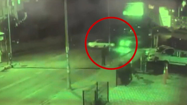 Bir kişinin öldüğü altı kişinin yaralandığı feci kaza kamerada