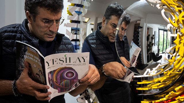 """Ahmet Güneştekin'in """"Cennette Bir Gün"""" eseri 100'üncü yılında Yeşilay dergisi kapağında"""