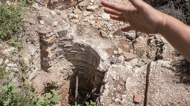 Maltepe'de çakarlı define avcıları yakalandı