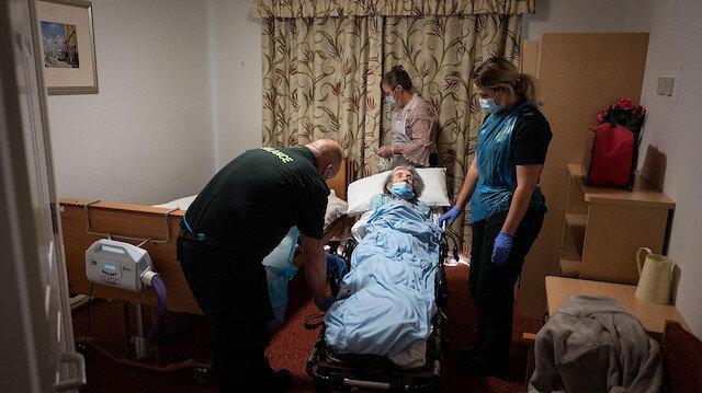 İngiltere'de çok sayıda yaşlı evlerinde tek başına öldü, cesetleri çürürken bulundular