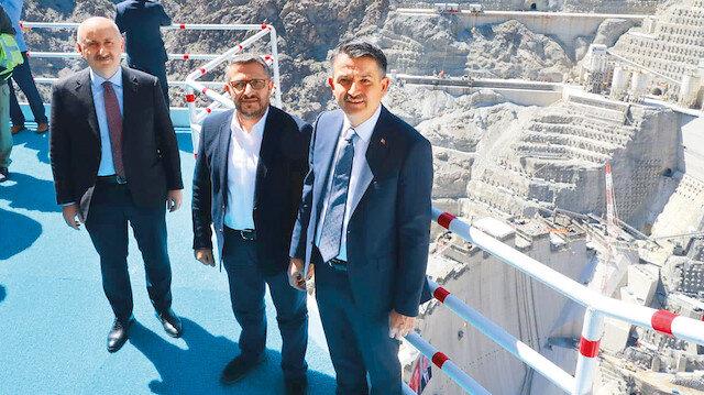 Türkiye hızlı toparlanacak: Bakan Pakdemirli ve Karaismailoğlu Yusufeli Barajı'ndaki törende konuştu