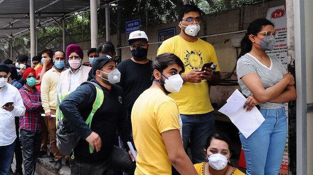 Hindistan'da en yüksek günlük vaka sayısı: Son 24 saatte 10 bine yakın koronavirüs vakası görüldü