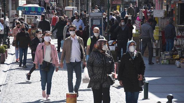 Bilim Kurulu Üyesi Öztürk: Kimsenin maske takmamaya hakkı yok