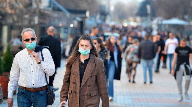 Bilim Kurulu üyesi Yamanel: Bu yılın sonuna kadar maske takacağız