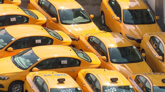 İBB'nin yeni taksi plakası açıklamasına taksicilerden tepki: Anında İstanbul'u kilitleriz