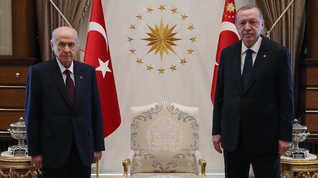 Cumhurbaşkanı Erdoğan ile Bahçeli Külliye'de görüştü