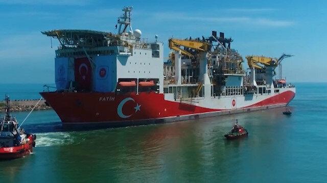 Fatih'in Trabzon Limanı'na demir attığı 'Operasyon' havadan görüntülendi