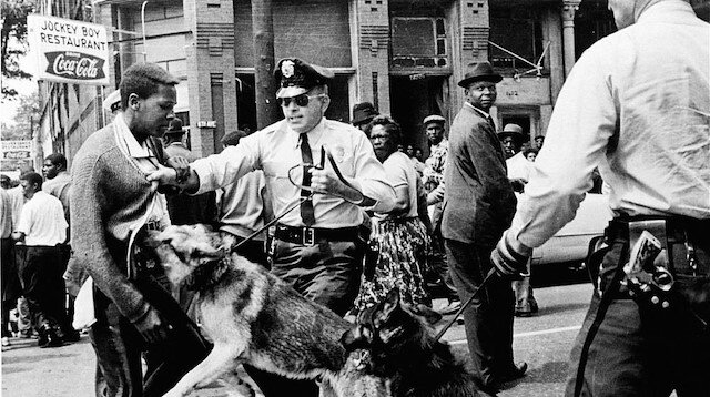 Köle devriyelerinden polis departmanına