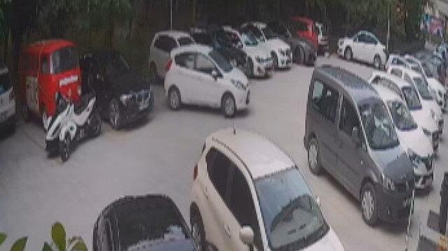 Dört evi soyup bir otomobil çalan hırsızlar kamerada