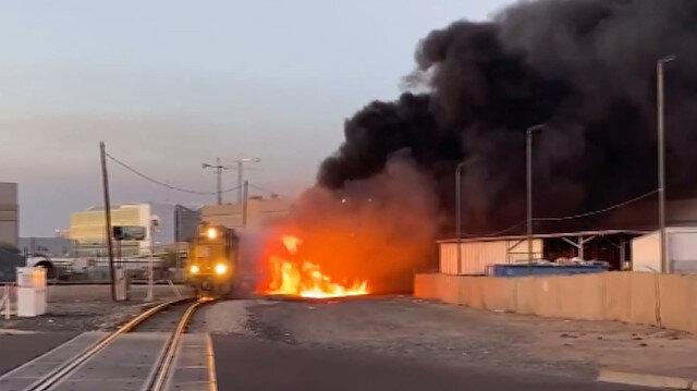 ABD'de raydan çıkan tren alev alev yandı