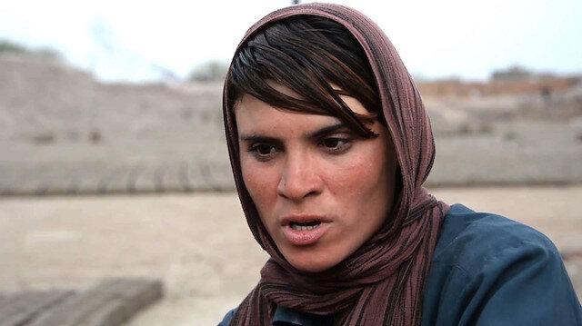 Baça Poş: Erkek kılığındaki Afgan kızlar