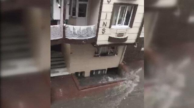 Bodrum kattaki eve su bastığı anlar saniye saniye kaydedildi