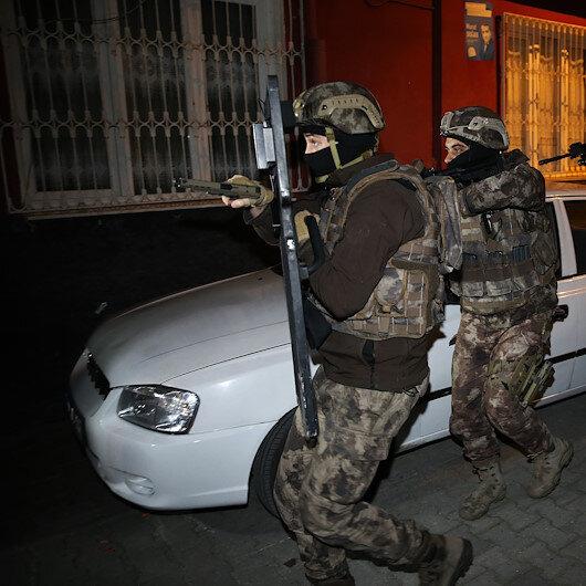 Interpol'ün aradığı DEAŞ'lılar Kilis'te kıskıvrak yakalandı