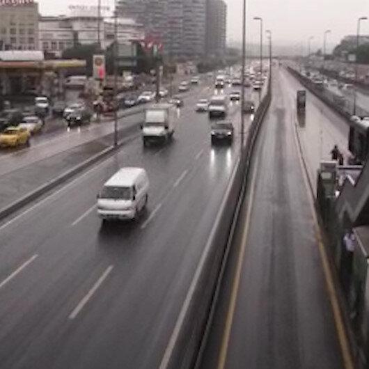 İstanbulda yağmur yeniden etkili olmaya başladı