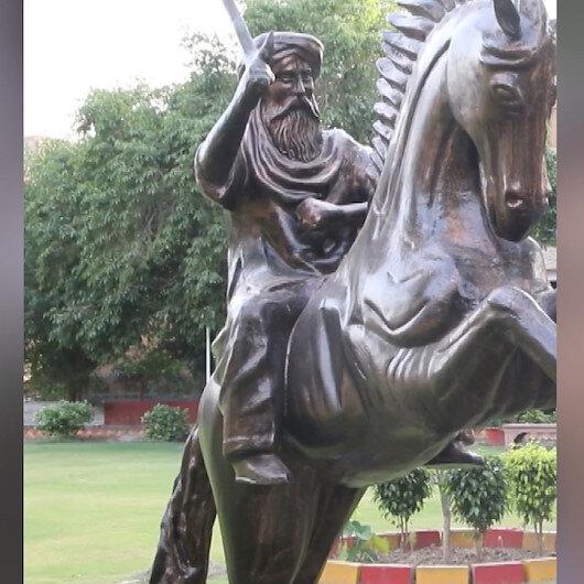 Pakistanda Ertuğrul Gazinin heykeli dikildi