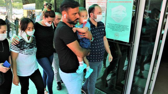 Kaza yapan Alişan ailesiyle birlikte hastaneye gitti