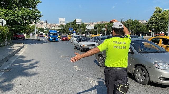 Polisin 'dur' ihtarına uymayan balık istifi minibüsün şoförü cezadan kurtulamadı