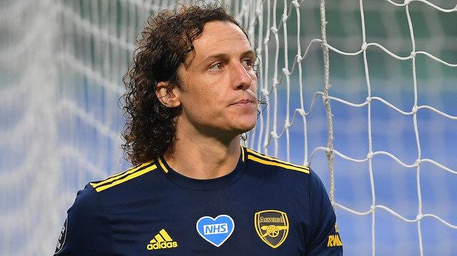 Arsenal David Luiz ile sözleşme yeniledi