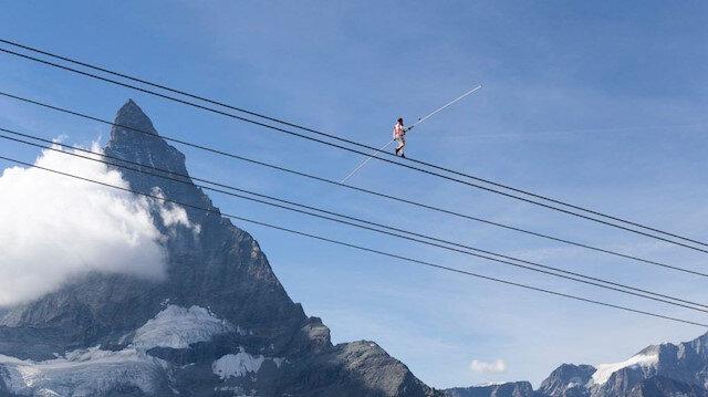İsveçli akrobat nefes kesti: 3 bin metrede 3 rekor birden