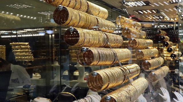 Altın fiyatlarında ateş düşmüyor: Son 8 yılın zirvesini zorluyor