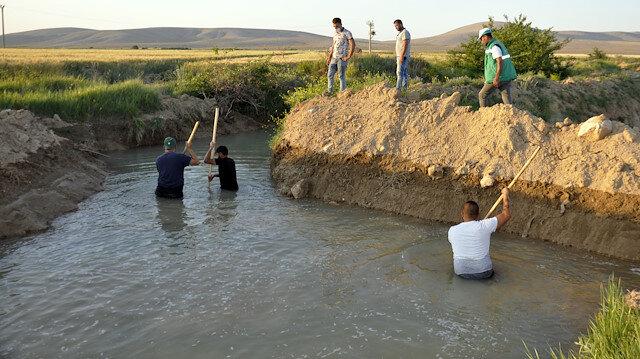 Karaman'da sulama kanalına düşen kardeşi ile onu kurtarmaya çalışan ağabeyi hayatını kaybetti