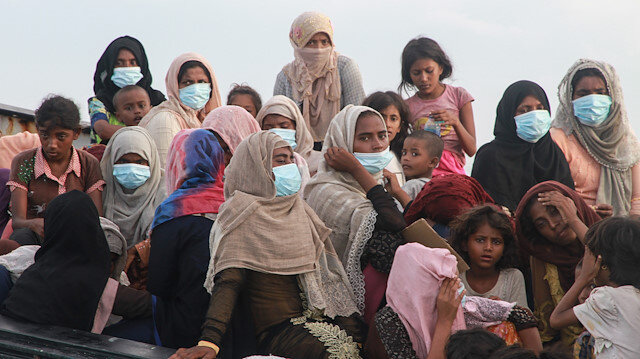 Endonezya'da tekneleri arızalanan Arakanlı Müslümanlar kurtarıldı
