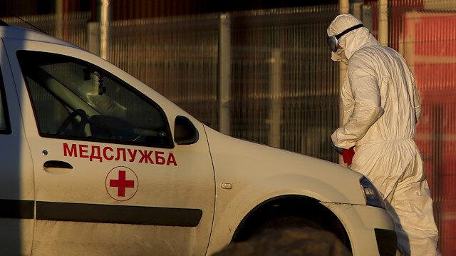 Rusya'da ağır bilanço: 7 bin 113 yeni koronavirüs vakası daha tespit edildi