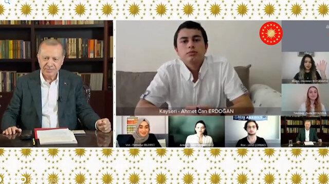 """Cumhurbaşkanı Erdoğan YKS öncesi gençlerle buluştu: İlk soru """"YKS sınavı neden ertelenmedi"""" oldu"""