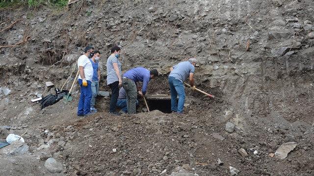 Tokat'ta inşaat kazısında 2 adet lahit mezar bulundu