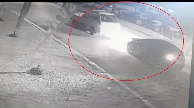 Bursa'da alkollü iki aracın kafa kafaya çarpışma anı kamerada