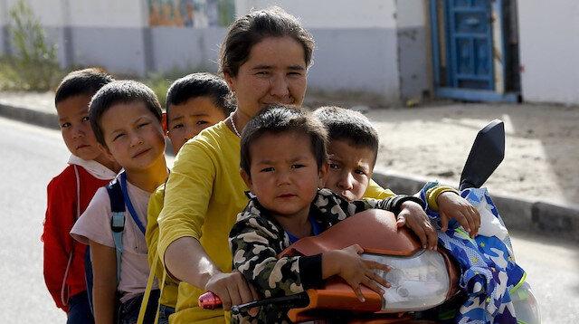 Çin, Uygur nüfusunu sistematik olarak azaltmaya çalışıyor