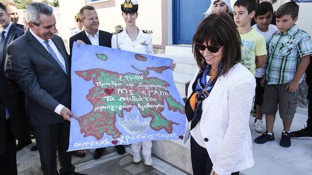 Yunan Cumhurbaşkanı Eşek Adası'nı ziyaret eti tahrik edici ifadeler kullandı: Buraya sahip çıkacağız