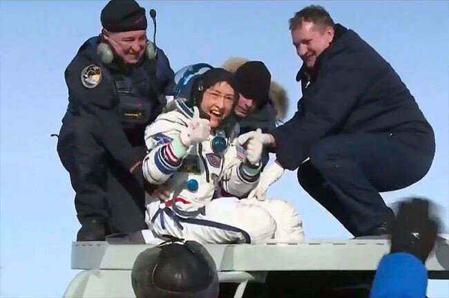 Christina Koch'un uzaya giden ilk kadın astronot olması planlanıyor.