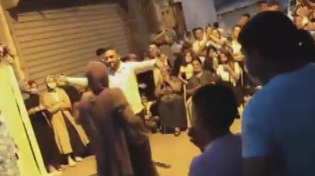Bağcılar'da sokağı trafiğe kapatıp nişan yaptılar