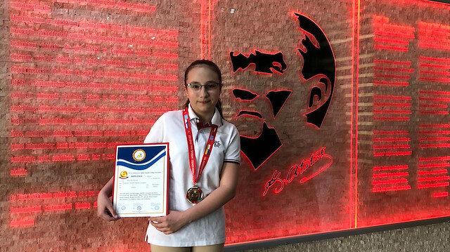 Türk öğrenci Bilim yarışmasında bütün dünyayı geçti