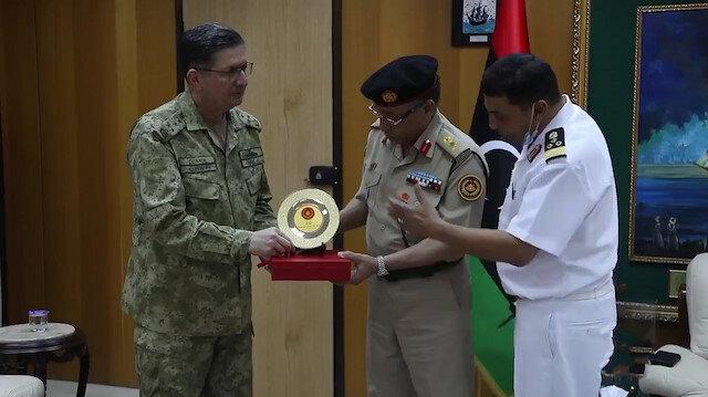 Deniz Kuvvetleri Komutanı Özbal Trablus'ta incelemelerde bulundu