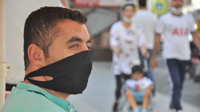 Uzmanlardan 'siyah maske' uyarısı: Koruyuculuğu yok, yüzde egzama ve sivilceye sebep olabilir