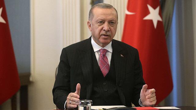 Cumhurbaşkanı Erdoğan'dan sosyal medya çarpıtmalarına cevap: Onlar dizi izleyip film çeviredursun, biz tarih yazmaya devam edeceğiz